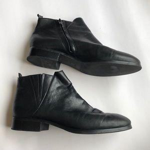 Steven Erlinda Black Leather Booties